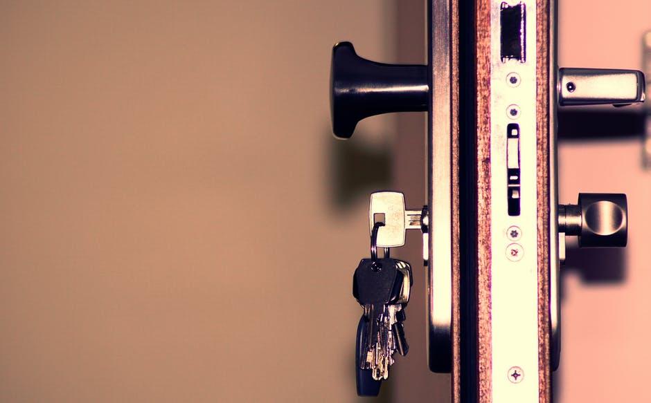 Sådan kan låsesmeden hjælpe dig med nye låse